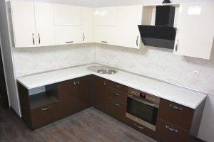 Фото угловой кухню № 3 по выгодной цене