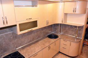 Фото угловой кухню № 12 на заказ по выгодной цене