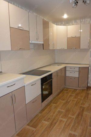 Фото угловой кухню № 17 на заказ по приятной цене