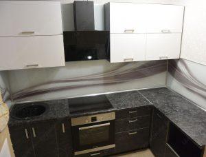 Фото угловой кухню № 21 на заказ по приятной цене