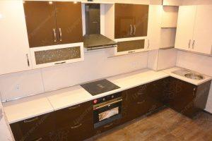 Фото угловой кухню № 24 на заказ по приятной цене