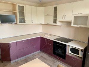 Фото угловых кухонь на заказ каталог цены. Модель № 335