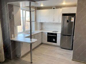 угловые кухни под окно с барной стойкой каталог цены