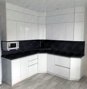 Фото угловой кухню № 8909 на заказ каталог цены