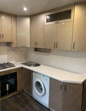 Фото угловой кухню № 8895 на заказ каталог цены